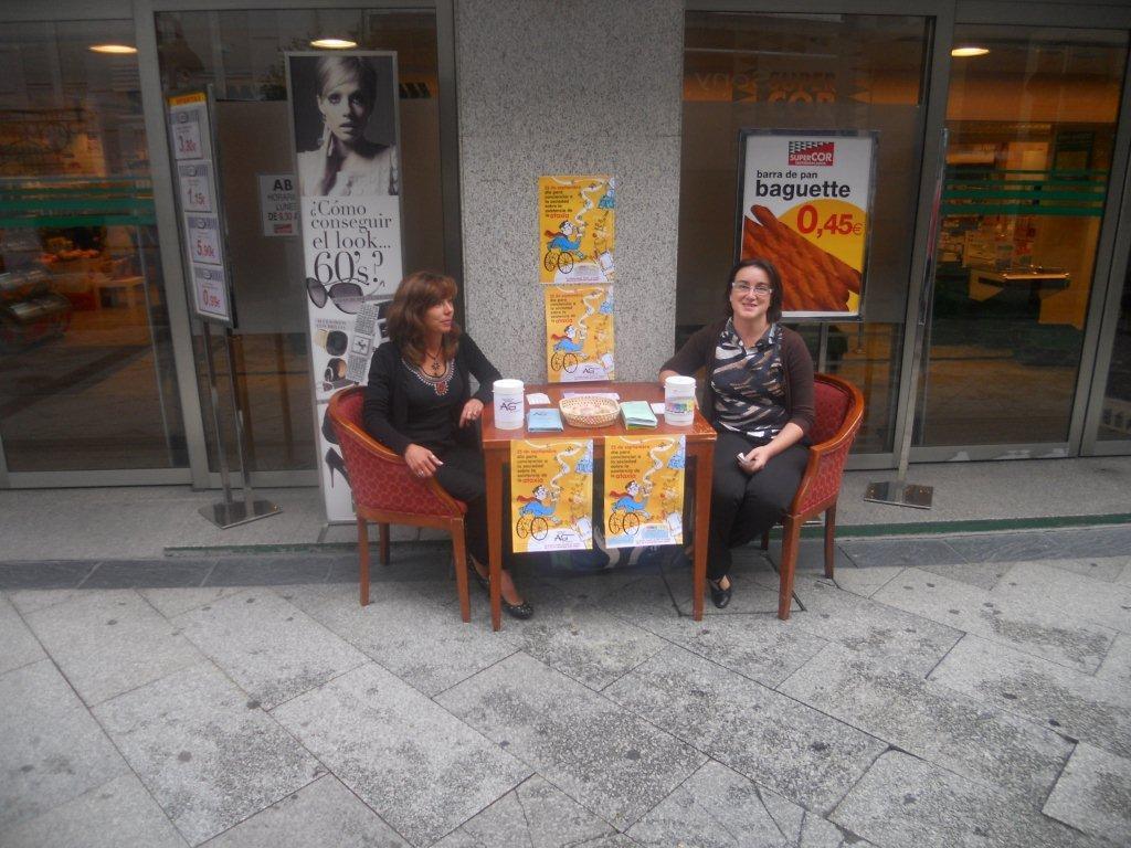 Mesa informativa en Ferrol